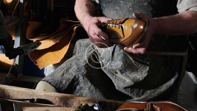 4 легких совета ремонта обуви, чтобы сэкономить деньги